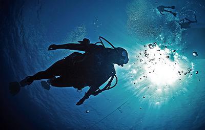 Continuar buceando, el buceo profundo